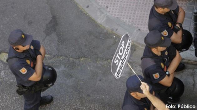 ilcanallarubens_agentes de las fuerzas del estado en un desahucio_2016