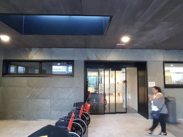 ilcanallarubens_porta urxencias alvaro cunqueiro_Vigo_2016