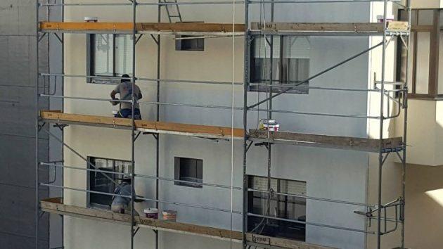 ilcanallarubens_obreros-traballando-nunha-fachada_vigo_2016-758x426